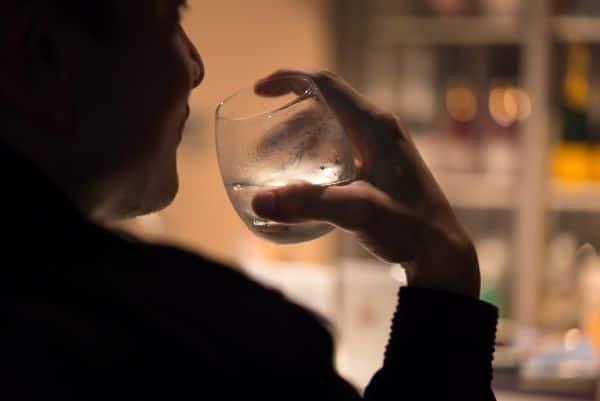 秋田県でのギャラ飲みで稼ぐ!金持ち男性とのやり方や相場が解る!